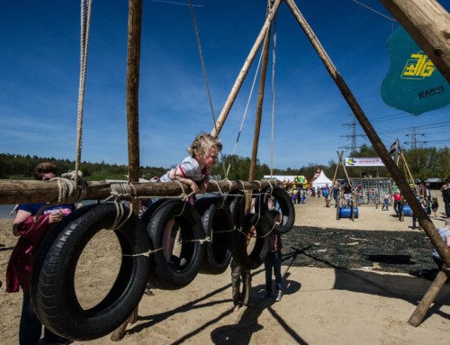 Rowans bouwen vette stormbaan op bevrijdingsfestival Assen